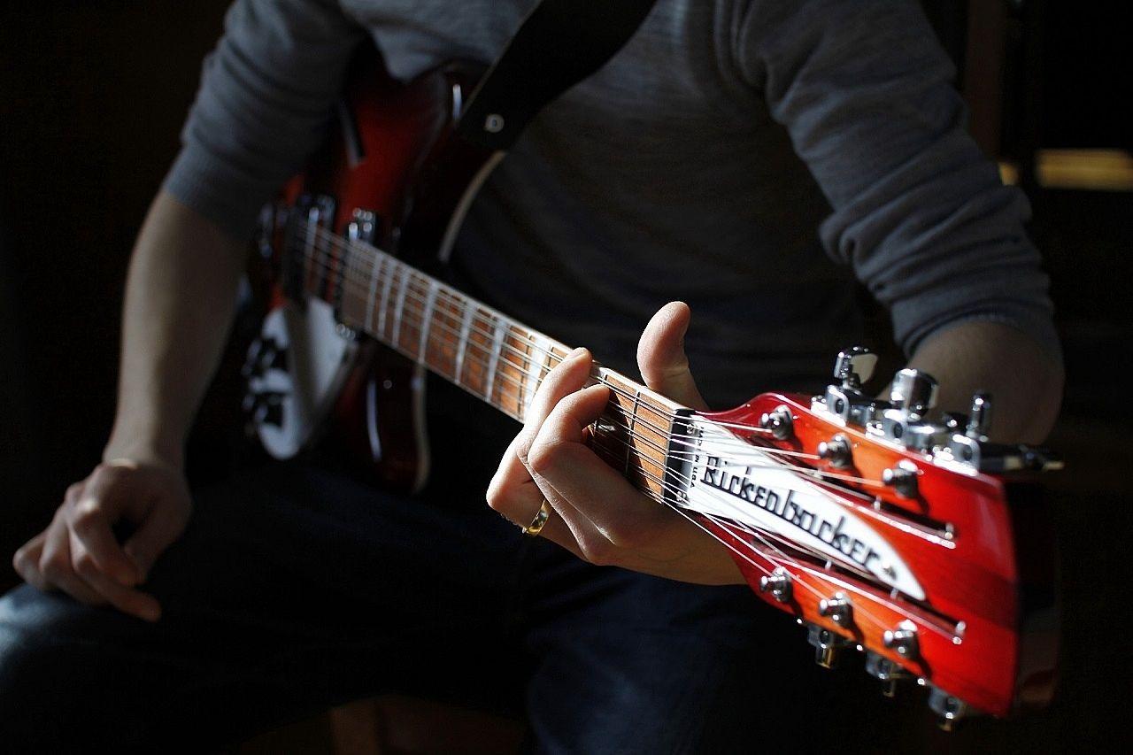 ギターを弾きたい! 効果的な防音対策