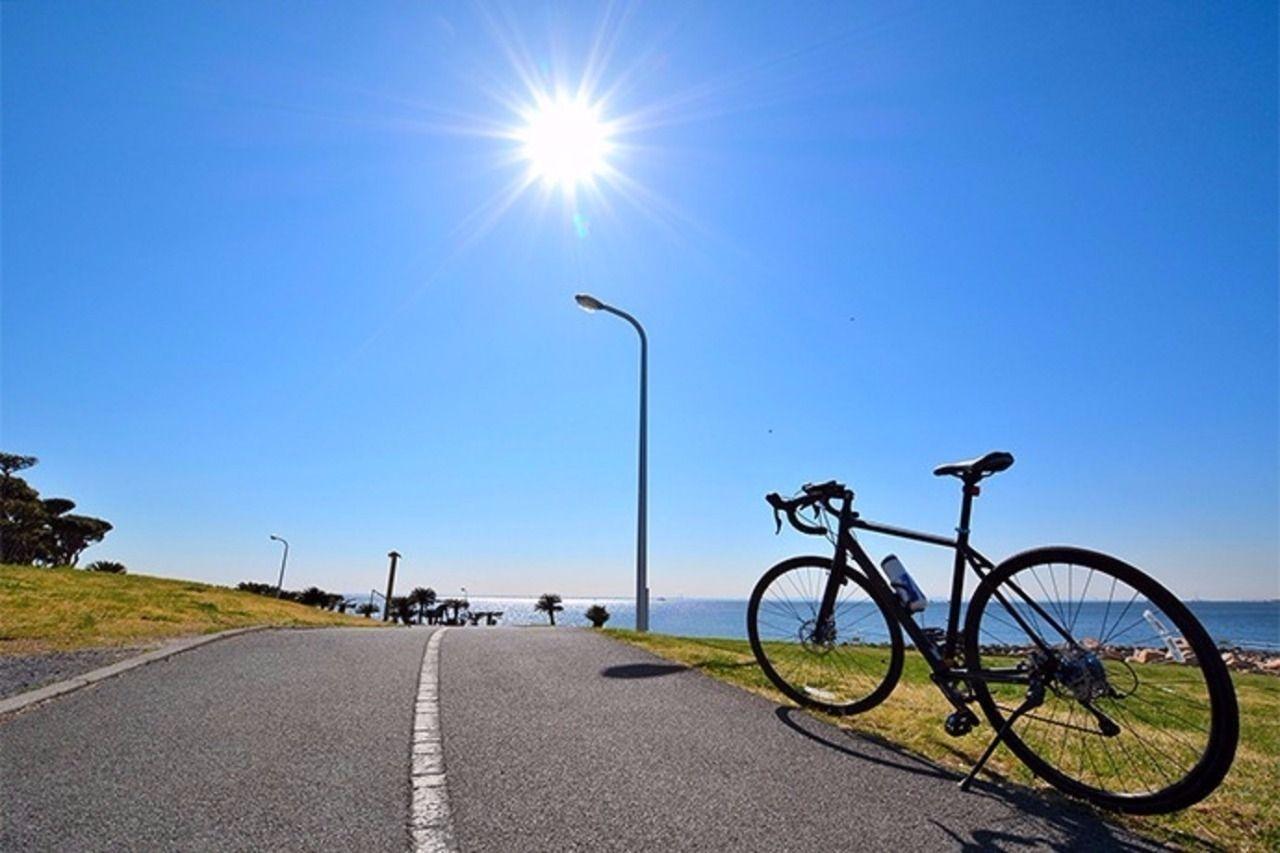 野川の街で生活するのに必須とも言えるアイテムがあります。それは、自転車か原付き等のバイクです。野川は平坦な道より坂道が多いので、どこに行くのにも一度下山(?)しなくてはならないため無いと不便なの…